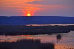 Landskap för sjö för inställningssol Royaltyfria Foton