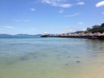 Landskap för strand för Sabah ösemesterort Arkivfoto