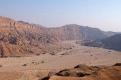 Landskap för wadi för Negev öken Arkivfoton