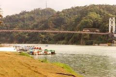 Landskap flodstrandområde av Bitan i Taipei, Taiwan jpg Arkivfoto