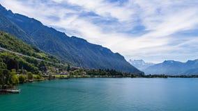 Landskap från den Chillon slotten, Schweiz Arkivfoto