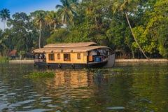 Landskap houseboaten i kerala avkrokar Royaltyfri Bild