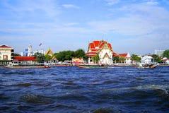 Landskap i Bangkok på floden Chao Praya arkivbild
