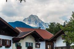 Landskap i Mittenwald royaltyfria foton
