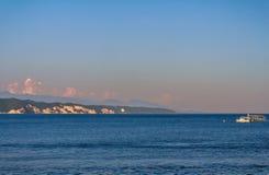 Landskap med havssikter abkhazia pitsunda Royaltyfri Foto