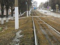 Landskap med järnvägen i stad royaltyfria foton