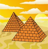 Landskap med pyramider Royaltyfri Fotografi