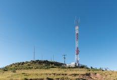 Landskap med telekommunikationtorn, nära Rhodes Royaltyfri Bild