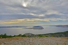 Landskap nära Karlobag Arkivfoto