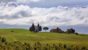Landskap nära Pienza, Tuscany, Italien Royaltyfri Bild