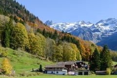 Landskap på byn av Engelberg på Schweiz Arkivbilder