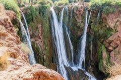Landskap runt om dammfacket El-Ouidane arkivfoton