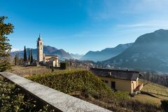 Landskap runt om Lugano, bra väder Arkivfoton