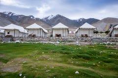 Landskap runt om Pangong sjön i Ladakh, Indien Fotografering för Bildbyråer