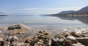 Landskap sikten av det döda havet i Israel Arkivbild