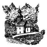Landskap sikten av en trägammal kyrka på en bakgrund av alpina berg i Tyrol, skissa, illustrationen Royaltyfria Bilder
