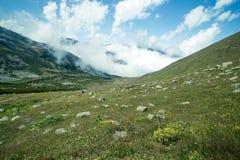 Landskap sikten av Kackar berg i Rize, Turkiet Royaltyfri Bild