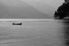 Landskap sjö av gardaen Royaltyfri Foto