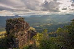 Landskap som tas i blåa berg av Australien Arkivfoto