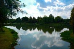 Landskapet av Taihu sjön royaltyfria bilder