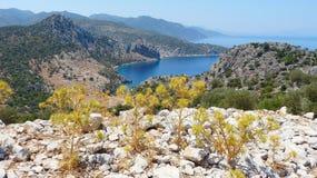 Landskapet runt om Serce limanı på den Bozburun halvön i Turkiet Arkivfoton