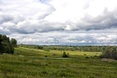 Landskapfältmoln Ben Royaltyfria Bilder
