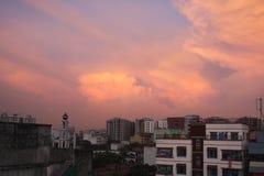 Landskapfoto av molnig himmel royaltyfri bild