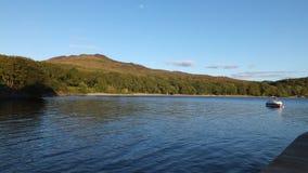 Landskapsikt av Loch Lomond Arkivfoto