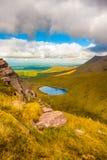 Landskapsikt av stanker för Macgillycuddy ` s Arkivfoto
