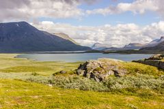 Landskapsikt i den svenska norden Royaltyfri Bild