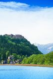 Landskron slott och sjö Fotografering för Bildbyråer