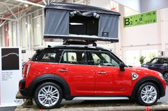 Landsmann Mini Coopers S E All4 an SIAB 2018, Romexpo, Bukarest, Rumänien lizenzfreies stockfoto