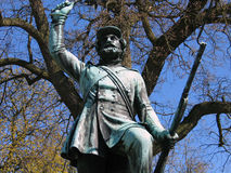 Landsoldaten la statue Fredericia de Soldierin de pied, Image stock