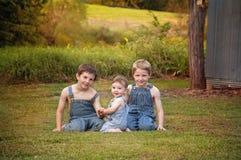 Landsstående för tre bröder Royaltyfri Fotografi
