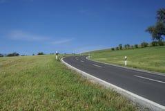 Landstraße in der Schweiz Stockbild