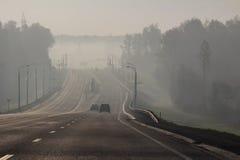 Landstraße im Rauche Lizenzfreies Stockbild