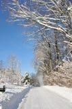 Landstraße im Schnee Lizenzfreies Stockbild