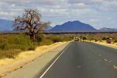 Landstraße in Kenia Lizenzfreie Stockfotos