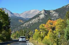 Landstraße 34, Rocky Mountain National Park Stockbilder