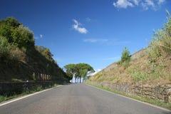 Landstraße in Toskana Italien.   stockfoto