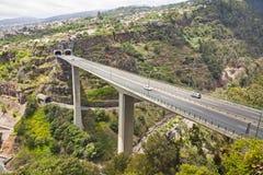 Landstraßenstraßen auf Madeira-Insel, Portugal Lizenzfreie Stockbilder