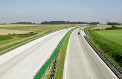 Landstraßenverkehr lizenzfreie stockfotografie