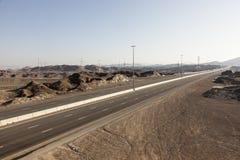 Landstraße in den UAE Stockfoto