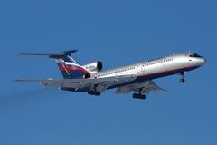 Landung Aeroflot-Tupolevs Tu-154M RA-85644 an Sheremetyevo-Interniertem Lizenzfreie Stockfotos