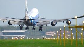 Landung Airfreighter 747 stock video footage
