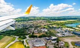Landung bei Euroairport Basel-Mulhouse-Freiburg Stockfotografie