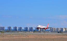 Landungs-Flugzeuge Lizenzfreie Stockfotos