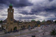 Landungsbruecken, St Pauli de Hamburgo fotografía de archivo libre de regalías