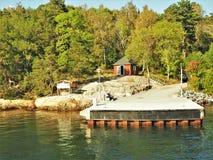 Landungsstadium auf Grinda-Insel, Stockholm-Archipel, Schweden lizenzfreies stockfoto