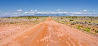 Landweg buiten Moab, Utah Royalty-vrije Stock Foto's